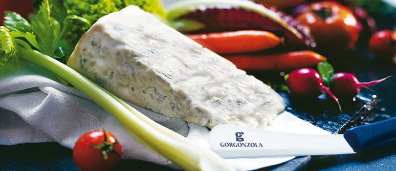 Spalmazola.  Gorgonzola cheese