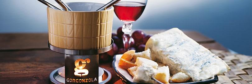 Fondizola, calda crema al gorgonzola