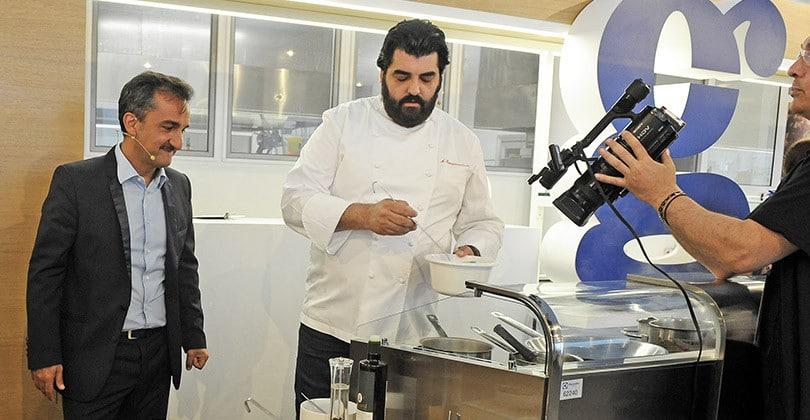 assemblea1506__0002_Nicola Savino presenta ricetta al Gorgonzola di Cannavacciuolo