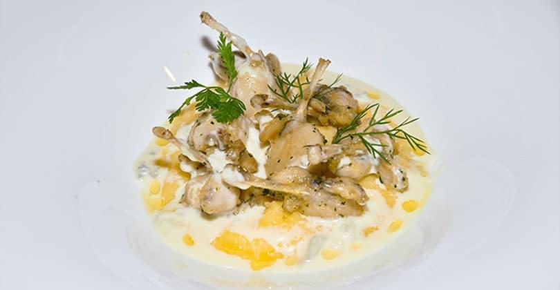 Rane polenta e Gorgonzola