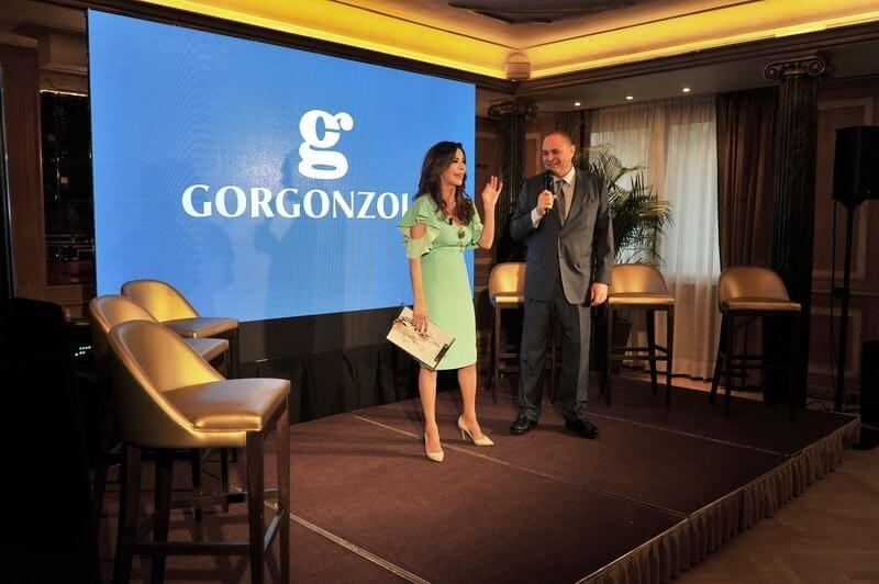 Emanuela Folliero con il Presidente del Consorzio Gorgonzola Renato Invernizz