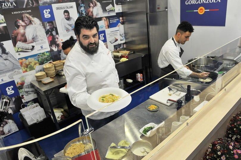 cannavacciuolo con la sua ricetta al Gorgonzola